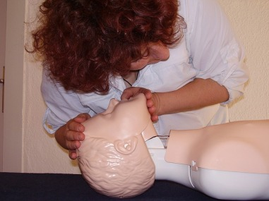 first-aid-1253140_640