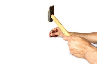 hammer-1008971_640