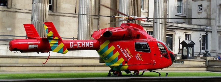rescue-helicopter-922465_1920