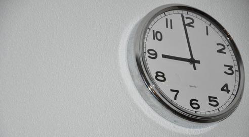 clock-2102135_640