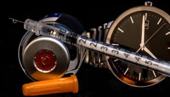 insulin-syringe-2129490_1920