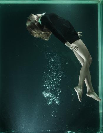under-water-1819588_1920